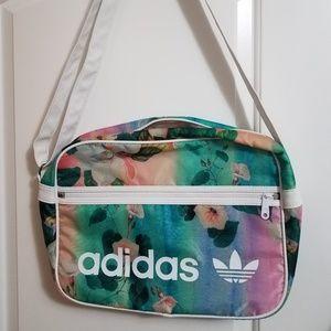 Adidas origials foralina airliner bag
